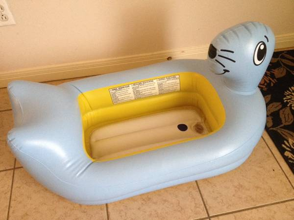 Inflatable bath tub -   x0024 8  CS