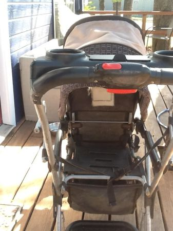 One Step Ahead sit-n-stand stroller - $30 (Bryan)
