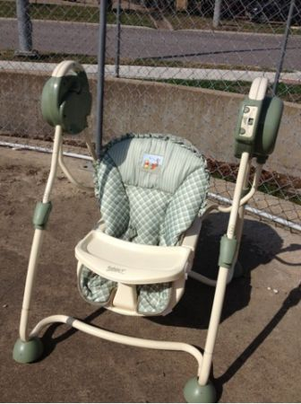Safety 1st Baby Swing - $45 (College Station)