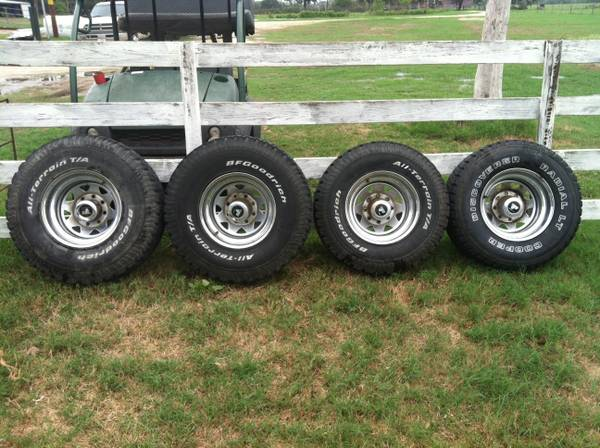 Tires - $400 (North Zulch)