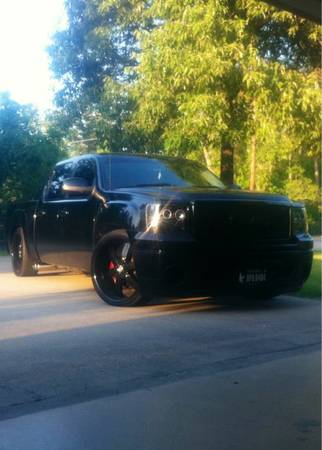 2009 GMC Sierra Custom Lowered Truck - $23500 (houston)