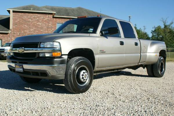 2001 Chevy 3500 Dually 2wd - $13995 (Conroe Montgomery)