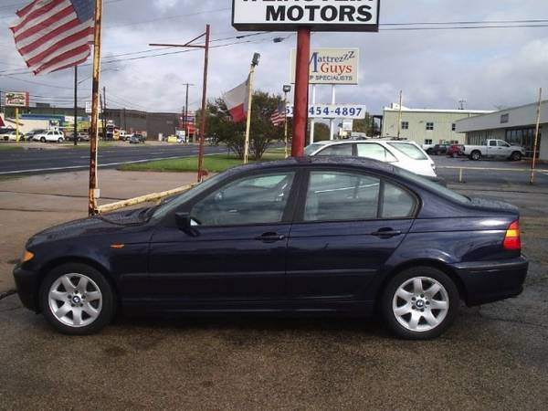 MINT 2003 BMW 3 Series 325i 325 4door Automatic 6cyl RWD 59k miles ONE OWNER - $10995 (austin)