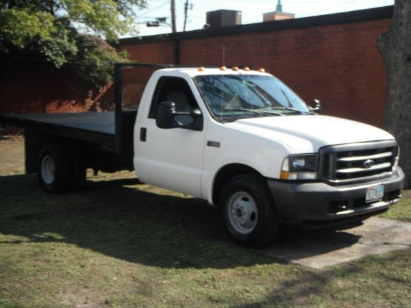 2004 Ford F350 2 Door Dually 14Ft Flatbed - $5000 (Houston)