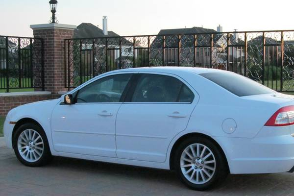 2006 Mercury Milan Premiere - $8000 (College Station)