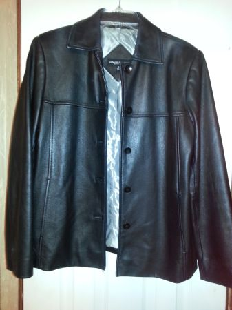 Valerie Stevens black leather jacket - Medium - $25 (Bryan)