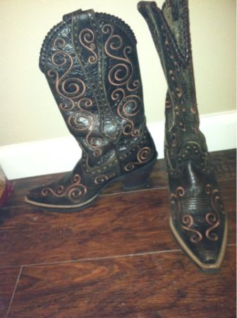 Ladies Ariat western boots 7.5 - $100 (College Station )