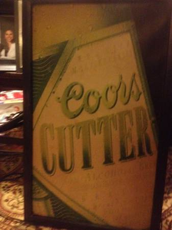 coors cutter beer light-up sign - $35 (college station tx)