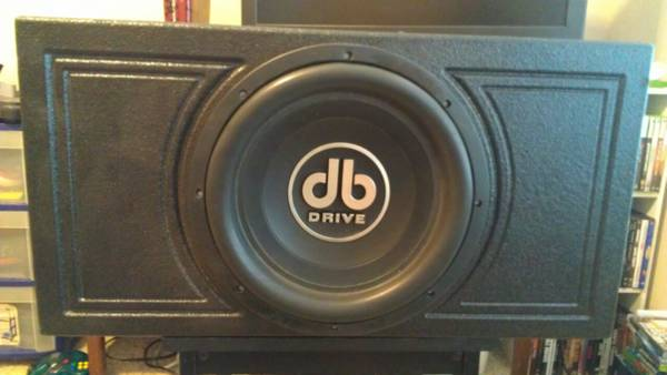 15 DB drive sub and pro box - $350 (College Station)