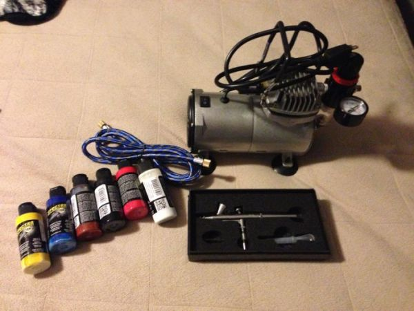 Pro Airbrushing Kit with Air Compressor for Trade - $150 (SW Houston)