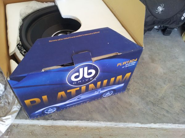 DB Drive Platinum PlW15d4 2000watts Sub (AS IS) - $50 (College Station)