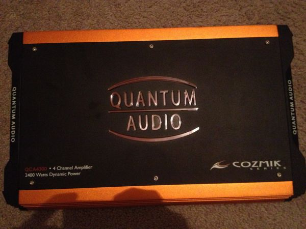 2400 watt 4 channel quantum audio competition car qca4300 - $250 (College station)