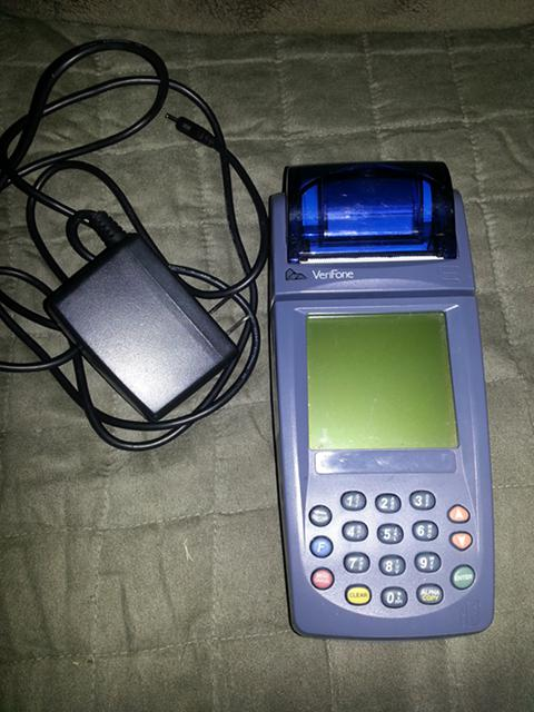 400  Credit card machine