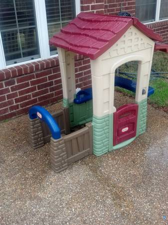 Outdoor play set -   x0024 65  College Station