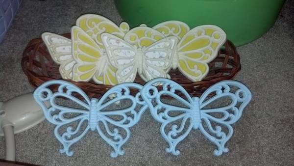 beautiful photo for living room and a 7 peice butterfly set - $20 (college station by walmart)