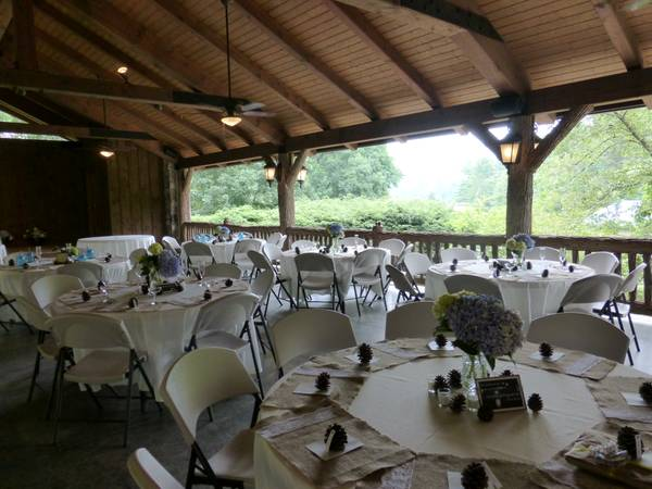 Ivory Tablecloths - Linens - 120 Round - Wedding - $10 (Bryan, Tx)