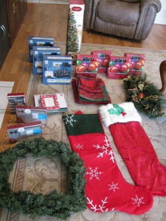 Multiple Christmas Items - $65 (Bryan)