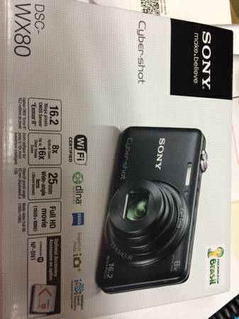 Red Sony Cybershot Camera   Perfect Condition  -   x0024 140  College Station  Texas