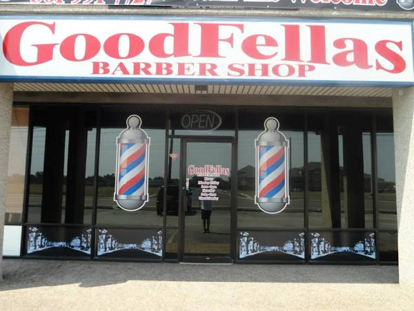 LOOKING FOR A BARBER      corpus christi
