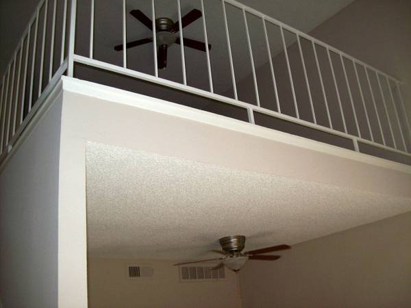 $795 1br - 819ftsup2 - Very spacious loft Value priced (Rent today and take $$$ off)