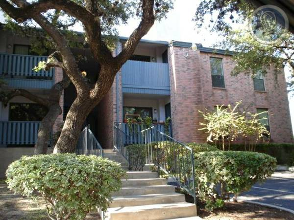 -  865   3br - 1200ft sup2  -  299 Total Move In Special  2 and 3 bedroom Townhomes  210-319-0569