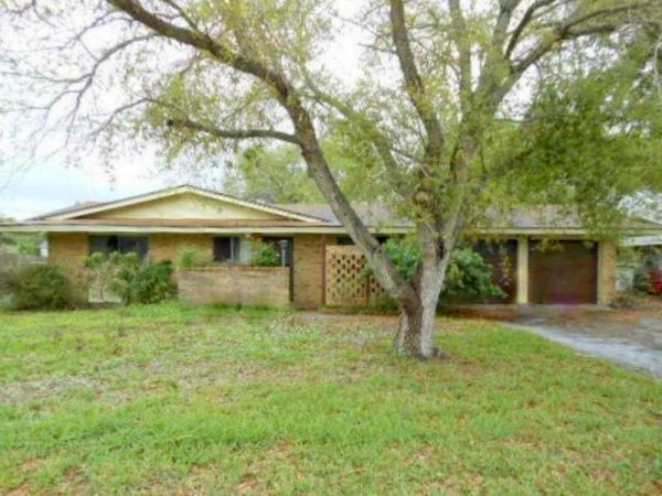 $85000 3br - 1730ftsup2 - REDUCED 3134 MILL BROOK DR. BANK FORECLOSURE has SEPARATE WORKSHOP (FLOUR BLUFF)