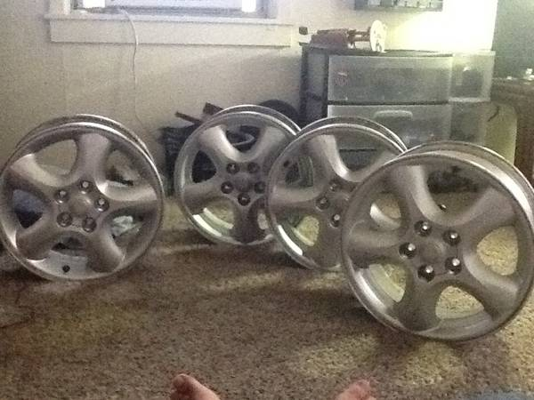 16 inch rims 5 bolt pattern all 4 rims -   x0024 175  C c