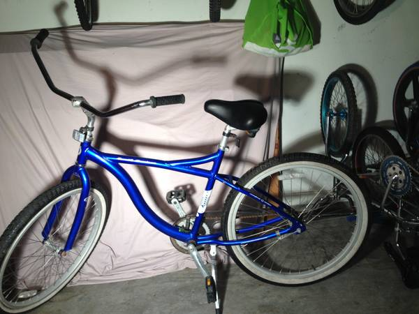 Jamis Earth Cruiser Bicycle (361) 944-0559 - $90 (Corpus Christi (Saratoga) )