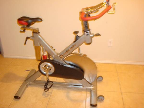 X-Velocity Spinning Bike -   x0024 450  southside