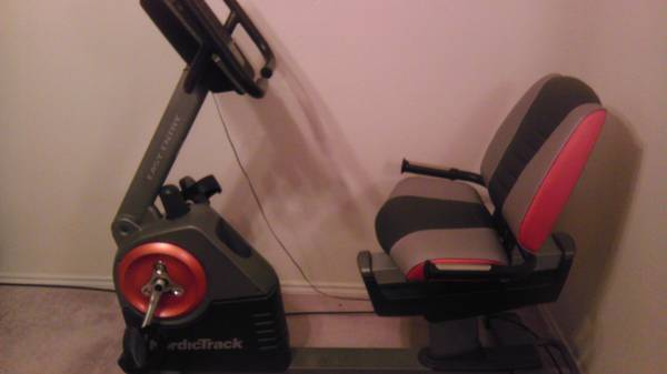NordicTrack C3 si Recumbent Exercise Bike - $300 (Corpus Christi)
