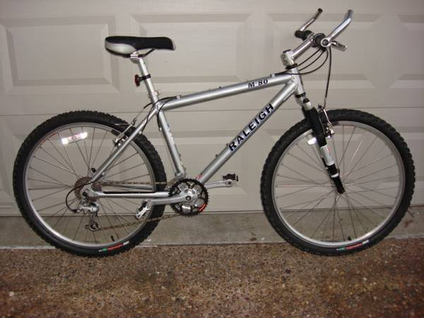 Raleigh M80 24 Speed mountain bike - $300 (Calallen)