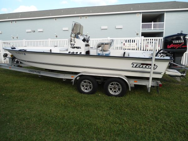 Triton 22 ft Tunnel bay boat - $18000 (Rockport Tx)