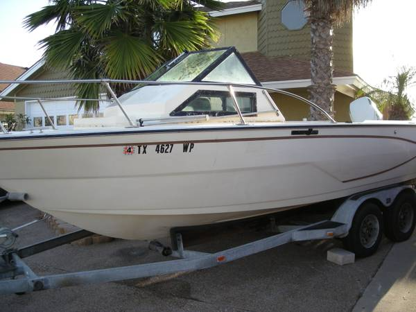 22 Glastron Offshore deep V with 150hp Johnson and Galvanized Trailer - $4399 (Padre Island)
