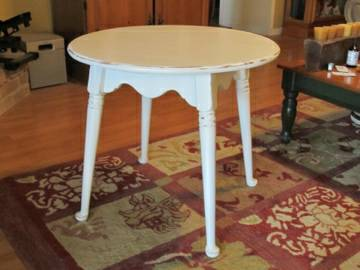 Shabby Chic White ETHAN ALLEN Round Table - $95 (CORPUS Southside)