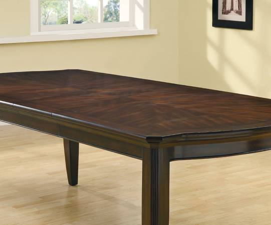 FLOOR MODEL TABLE - SELLING BELOW DEALER COST - $399 (Mattress Depot)