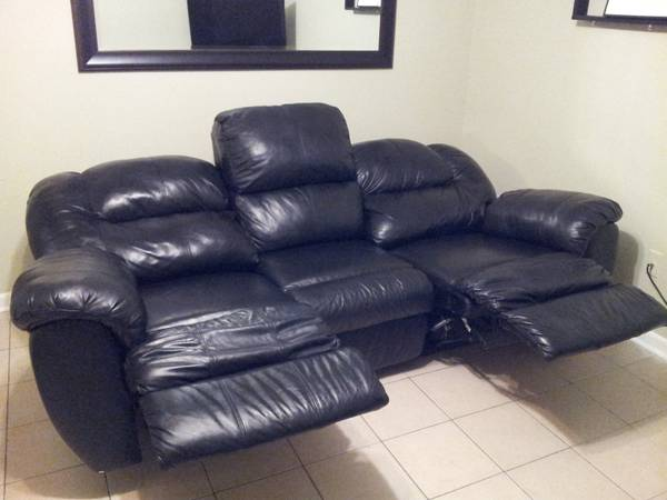 Black Leather Couch and Computer Desk (Corpus Christi)