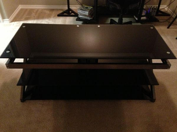 Z-Line TV stand. Modern. Black with tempered glass - $150 (Nile SPID)