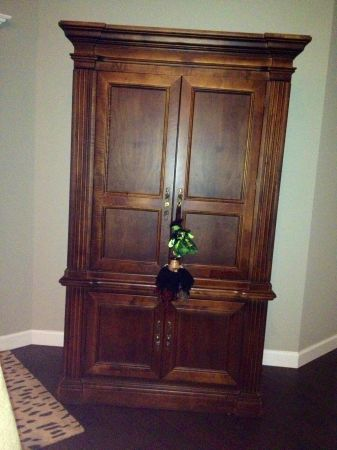 Beautiful Mahogany Armoire  - $500 (Lakes Subdivision)