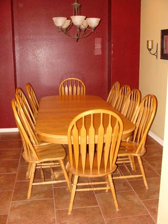 Solid Oak Ethan Allen Claw Foot Dining Room Table W10 Chairs - $800 (Southside)