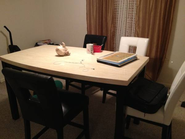 Brand new dining room set for sale - $900 (Corpus Christi)