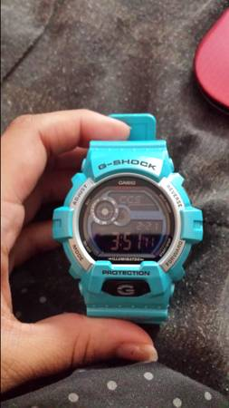 blue g-shock watch  -   x0024 70  cc