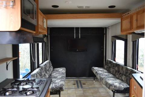Roadmaster Predator RV with tall ceilings over 7 - $12500 (South Corpus Christi)