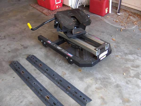 5th. wheel pullrite superglide hitch - $500 (rockport)
