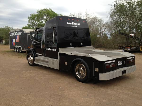 1997 Freightliner Toter Vehicle - $25000 (Alice, Texas)