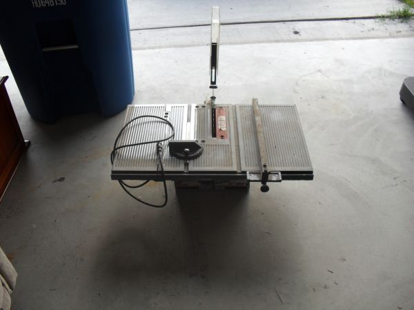 8 Craftsman Table Saw - $50 (Portland)