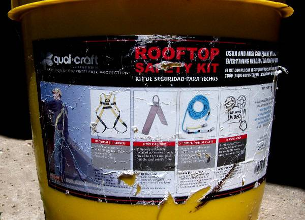 Qualcraft Rooftop Safe-Tie Bucket Kit Safety Harness - $75 (Rockport)