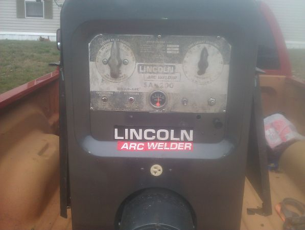 Welder 1975 Lincoln SA 200 -excell.condition - $3800 (210-776-5053 cell)