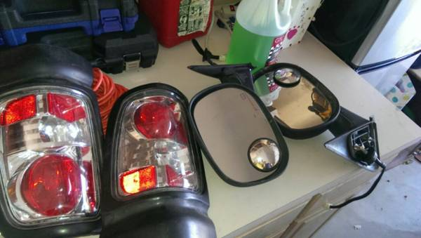 2nd gen dodge tail lights and mirrors