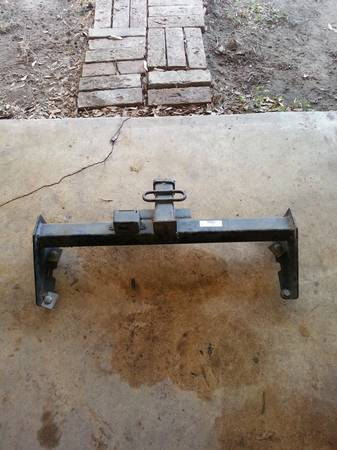 U-Haul hitch for surburans all models - $50 (Robstown)