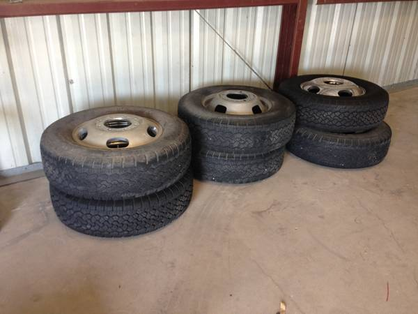 F350 dually wheels and tires - $1250 (Corpus)